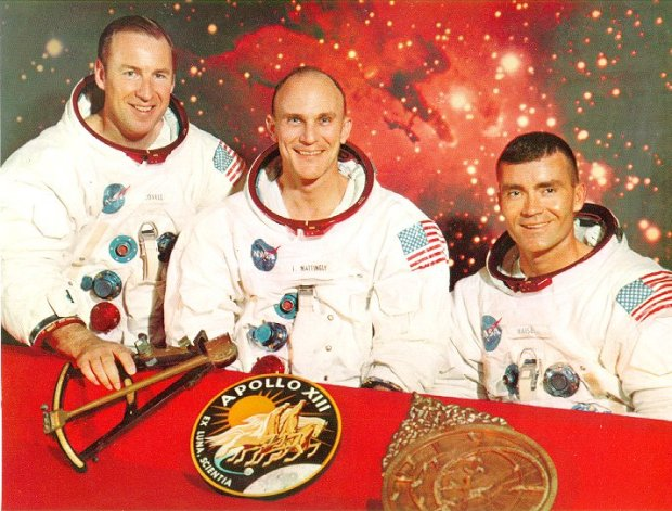 images_nasa3_apollo13-posada